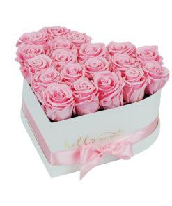 Heart shaped pink cvetni aranžman